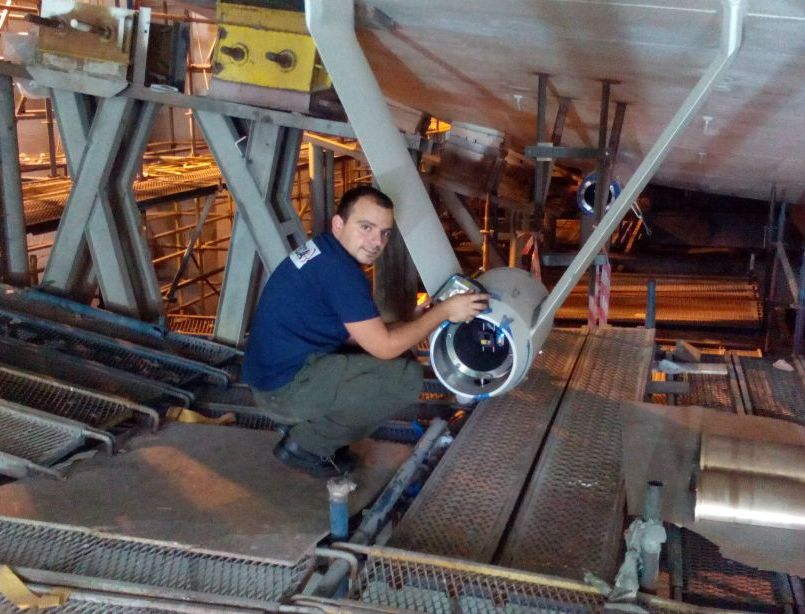 Propulsion system alignment on new building super yacht